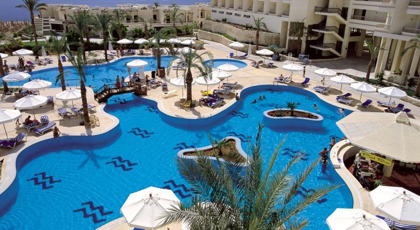 hilton-sharks-bay-hotel-and-resort-sharm-el-sheikh-egypt-city-and-sea-travel-02